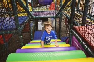Kid Junction Huge Indoor Jungle Gym